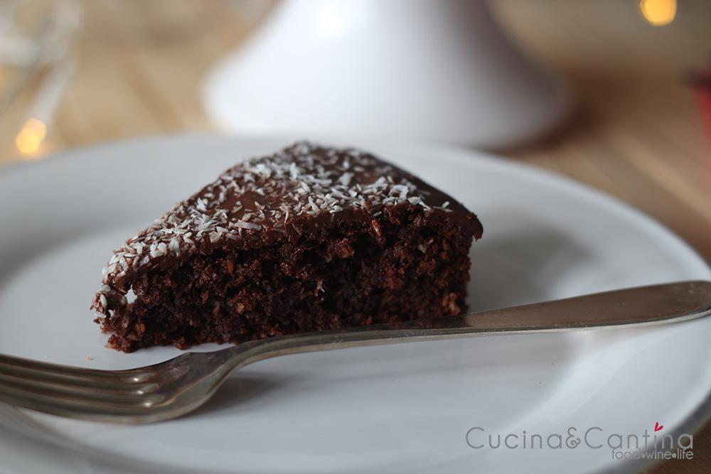 fetta_torta_cioccolato_cocco