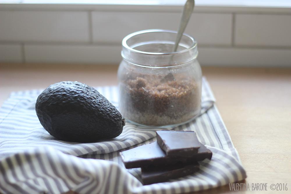 ingredienti_mousse_cioccolato_avocado