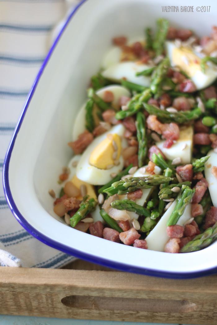 insalata_asparagi_bacon_uova